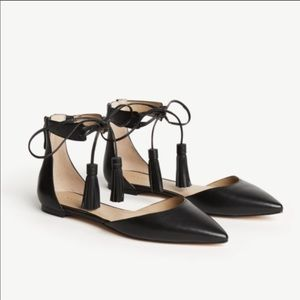 Ann Taylor Black leather Ethel  flats tassels